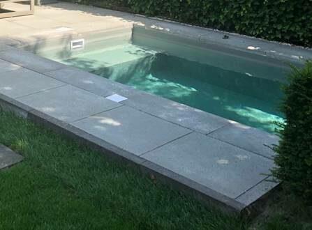 Privé zwembad bij woning Madelief