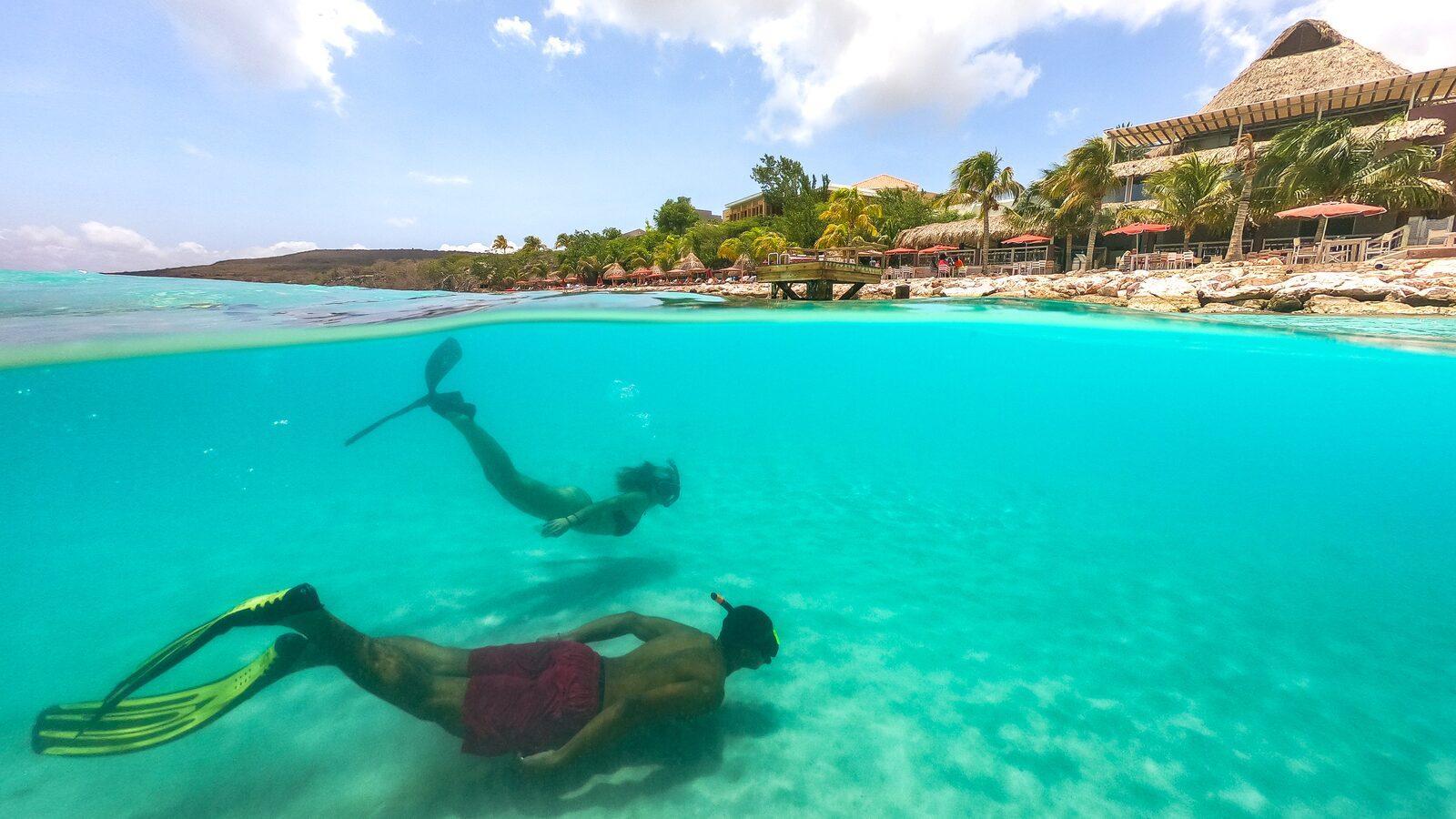 Snorkelen bij Oasis Coral Estate