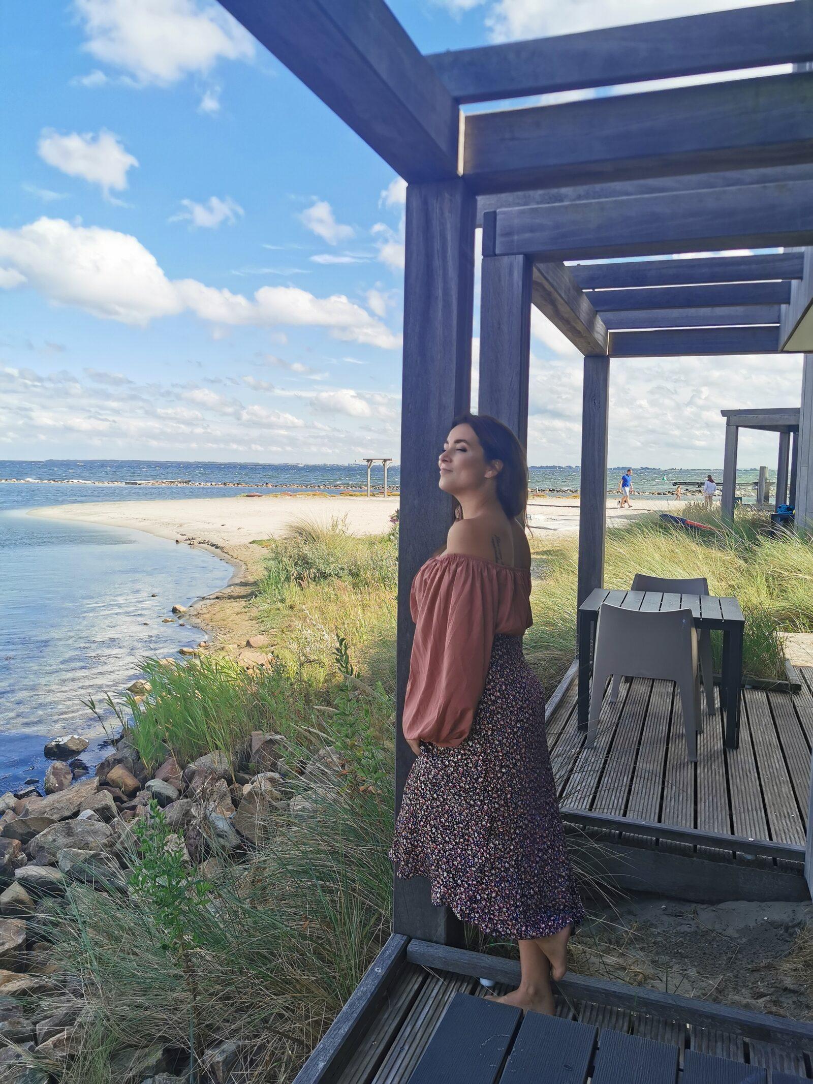 Lora | ''Samen wakker worden en de zon op het water zien schitteren''