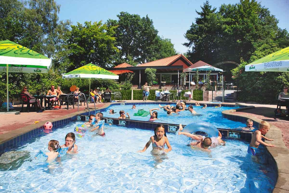 Subtropisch Zwemparadijs Vakantiepark De Lindenberg
